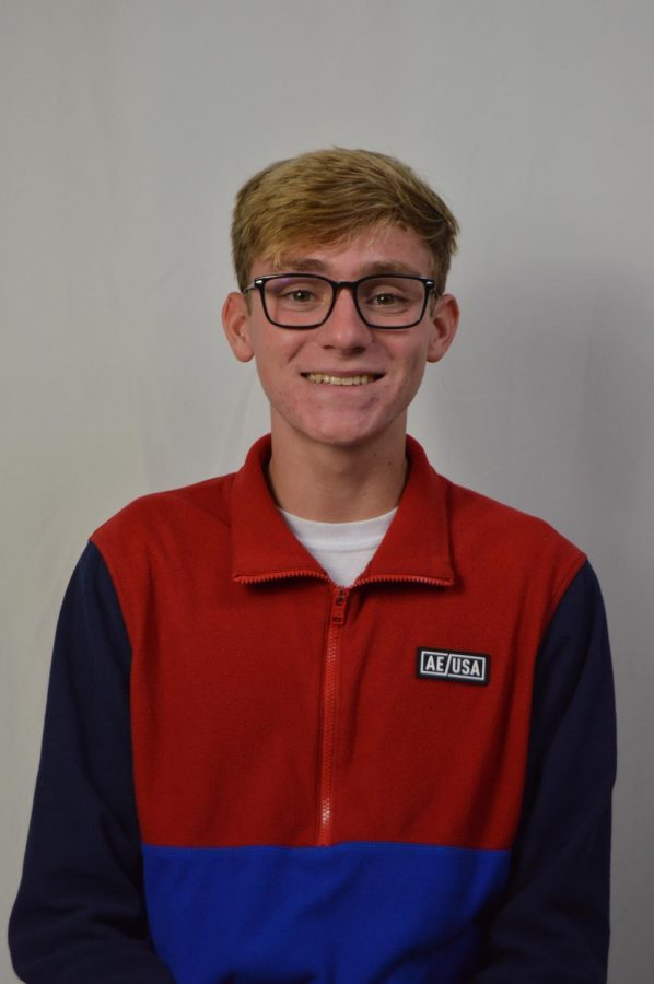 Grant Stromquist is a junior on On the Record as a designer. He has a passion for graphic design, especially infographics, and learning about social issues and journalism. Grant is also a club swimmer and dives for fun. Although he loves design and journalism, he wants to be a pilot and live in a big city.